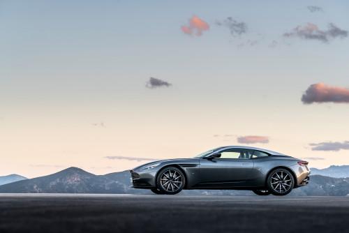 Aston Martin DB11 010316 1400CET_03.jpg