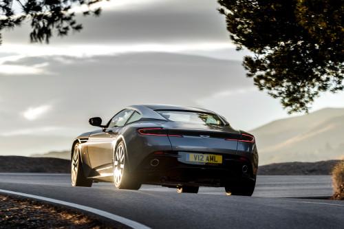 Aston Martin DB11 010316 1400CET_11.jpg