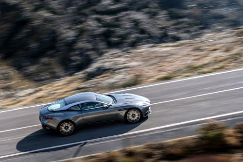 Aston Martin DB11 010316 1400CET_43.jpg