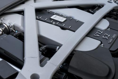 Aston Martin DB11 010316 1400CET_39.jpg