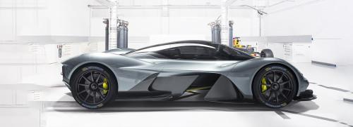 Aston Martin Valkyrie_Michelin.jpg