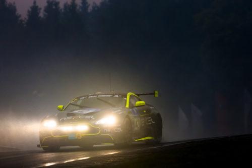 Vantage GT8_Nurburgring 24hrs 2016_06.jpg