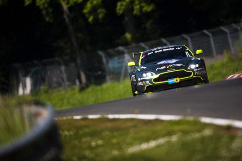 Vantage GT8_Nurburgring 24hrs 2016_07.jpg