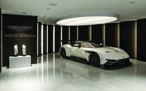 AstonMartin_Vulcan R.jpg