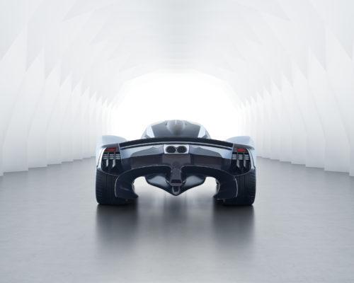 Aston Martin Valkyrie_15.jpg