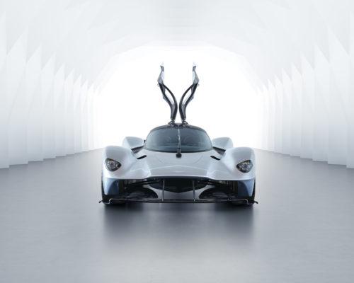 Aston Martin Valkyrie_02.jpg