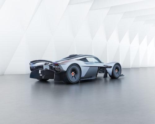 Aston Martin Valkyrie_06.jpg