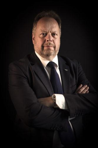 阿斯顿·马丁总裁兼首席执行官安迪·帕尔默 <br> (Dr Andy Palmer)