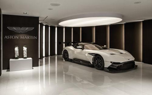 AstonMartinVulcan R-jpg
