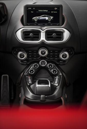 Aston Martin VantageTungsten Silver15-jpg