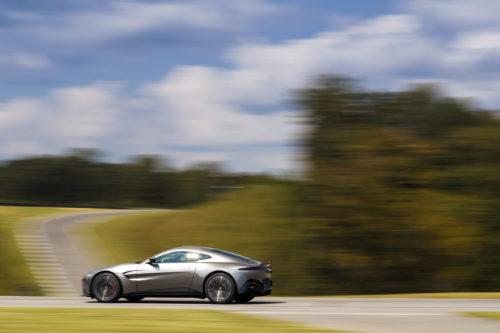Aston Martin VantageTungsten Silver05-jpg