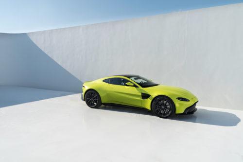 Aston Martin VantageLime Essence10-jpg