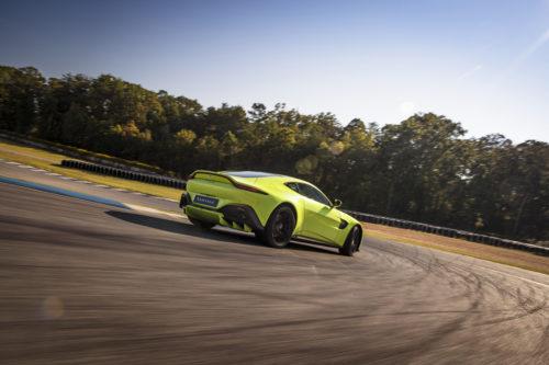 Aston Martin VantageLime Essence03-jpg