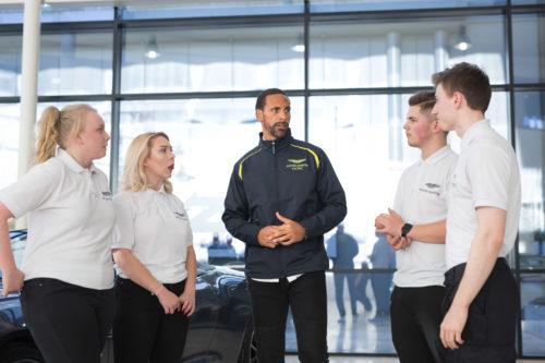 Rio Ferdinand joins the Aston Martin squad03-jpg