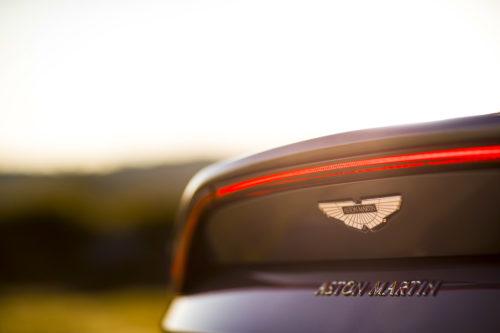 Aston Martin VantageTungsten Silver11-jpg