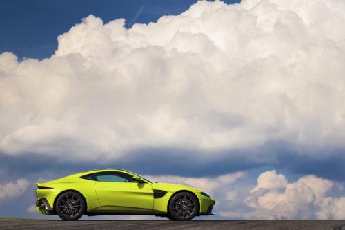 Aston Martin VantageLime Essence07-jpg