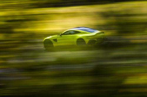 Aston Martin VantageLime Essence06-jpg