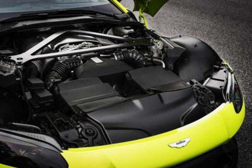 Aston Martin VantageLime Essence23-jpg