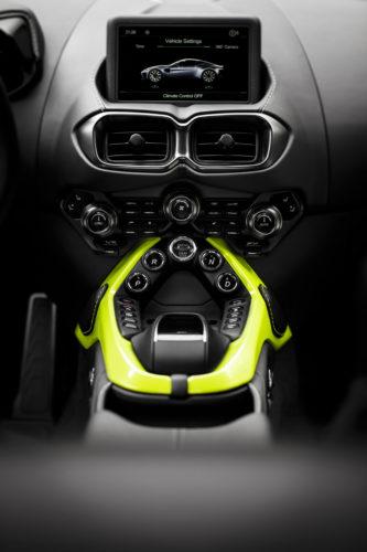 Aston Martin VantageLime Essence17-jpg