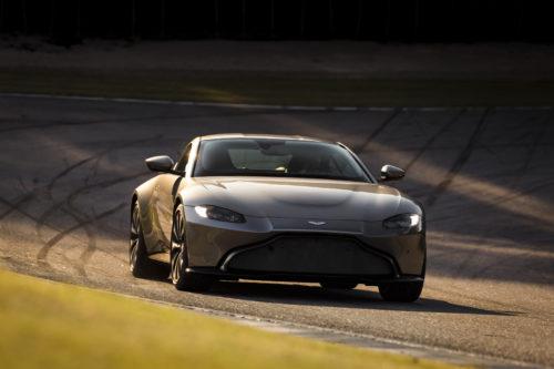 Aston Martin VantageTungsten Silver17-jpg