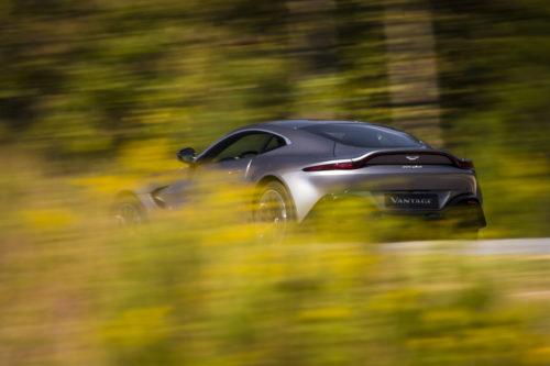 Aston Martin VantageTungsten Silver04-jpg