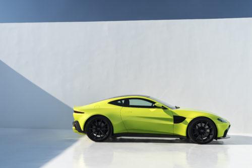 Aston Martin VantageLime Essence09-jpg