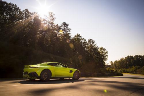 Aston Martin VantageLime Essence04-jpg
