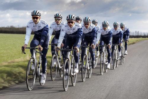 ONE PRO CyclingAston Martin
