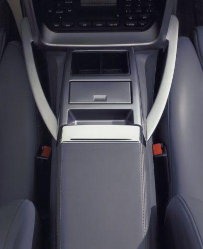 2001 – 2007 V12 Vanquish 40-jpg