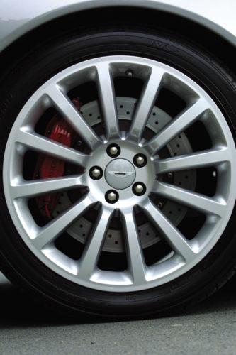 2001 – 2007 V12 Vanquish 37-jpg