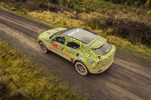 Aston Martin DBXPrototype08-jpg