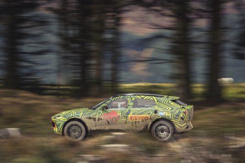 Aston Martin DBXPrototype07-jpg