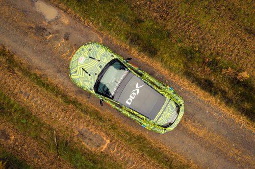 Aston Martin DBXPrototype09-jpg