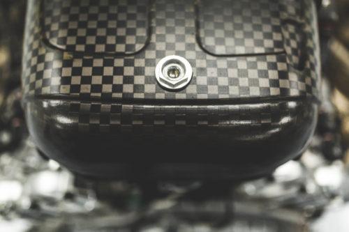 Aston Martin Valkyrie Engine 6-jpg