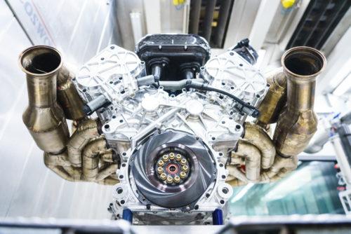 Aston Martin Valkyrie Engine 7-JPG
