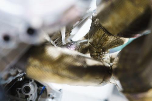 Aston Martin Valkyrie Engine 14-JPG