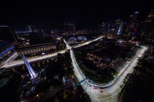 Aston Martin Art of LivingSingapore GP-jpg