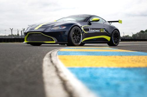 Aston Martin Vantage GT4 3-jpg