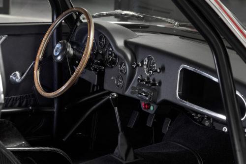 Aston Martin DB4 GT Zagato Continuation 8-jpg
