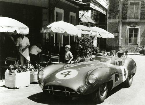 AstonMartin1959LeMansVictory06-jpg