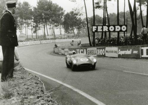 AstonMartin1959LeMansVictory03-jpg