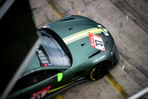 Aston Vantage GT4 1-jpg