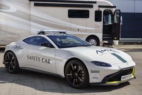 Aston Martin Heritage Racing08-jpg