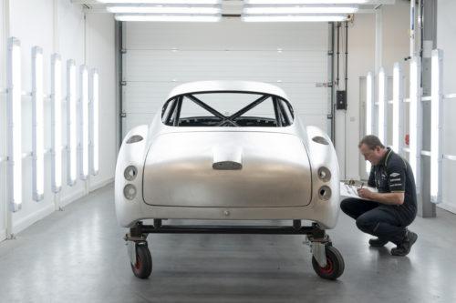 Aston Martin DB4GT Zagato BuildNewport Pagnell16-jpg