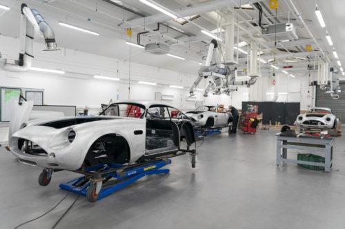 Aston Martin DB4GT Zagato BuildNewport Pagnell02-jpg