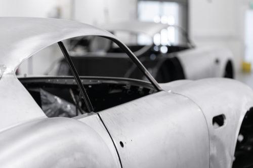 Aston Martin DB4GT Zagato BuildNewport Pagnell08-jpg