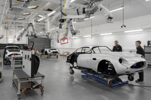 Aston Martin DB4GT Zagato BuildNewport Pagnell11-jpg