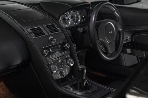 Aston Martin V8 Vantage 2005-2017 3-jpg