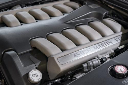 Aston Martin DB7 V12 Vantage 2-jpg
