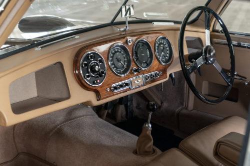 Aston Martin DB2 Vantage 2-jpg
